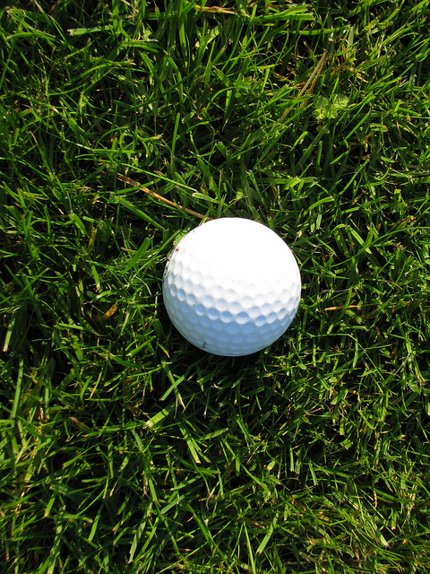 How To Spin The Golf Ball - Image 1